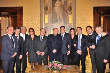 L'incontro tra gli eletti di Forza Italia alla Regione (con loro anche Wanda Ferro e Jole Santelli) con Silvio Berlusconi