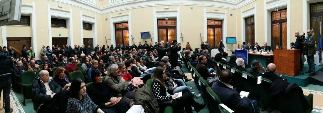 una panoramica della sala durante la presentazione