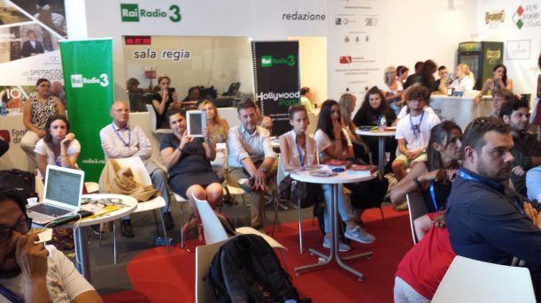 pubblico-2-presentazione-mostra-venezia